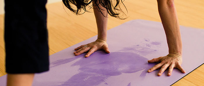 yoga_mat_sweat